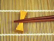 bamboo sushi mat and chopsticks